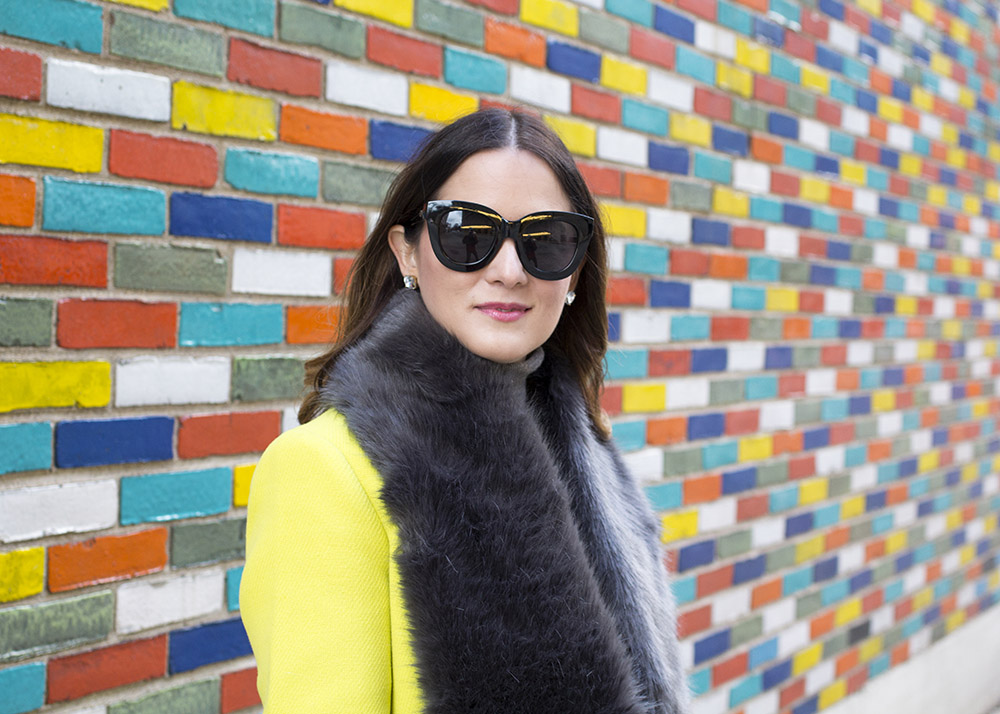 Oversized Black Sunglasses Blogger