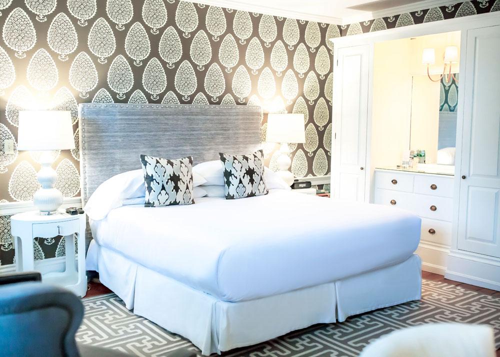 Captain Fairfield Inn Rooms