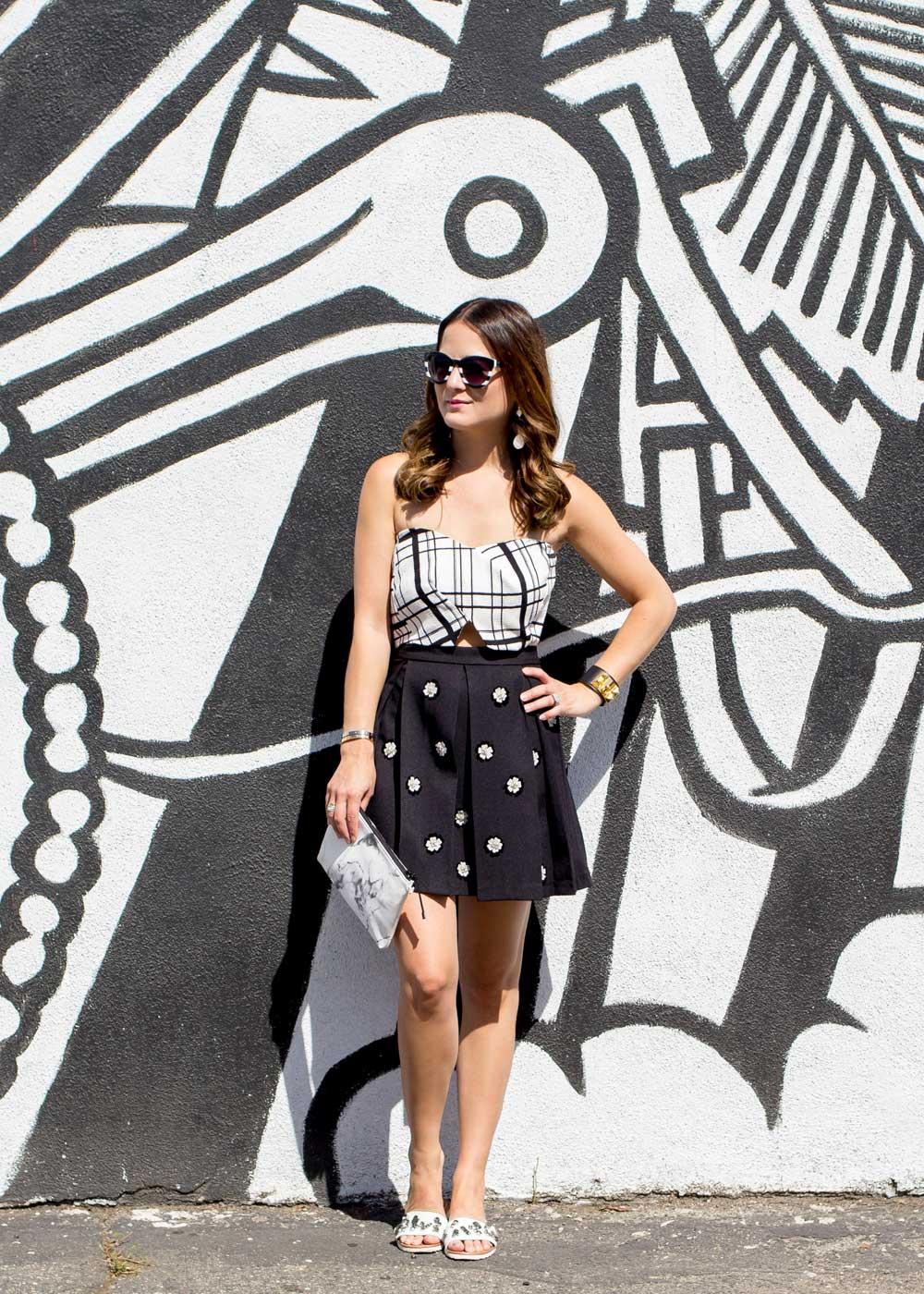 Los Angeles Black White Mural