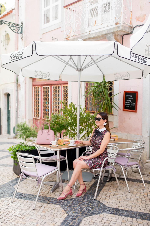 Jennifer Lake Portugal Coffee Shop