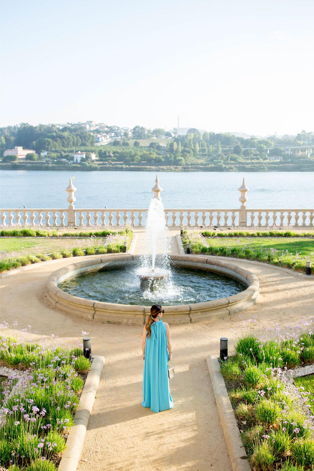 Jennifer Lake Style Charade Portugal