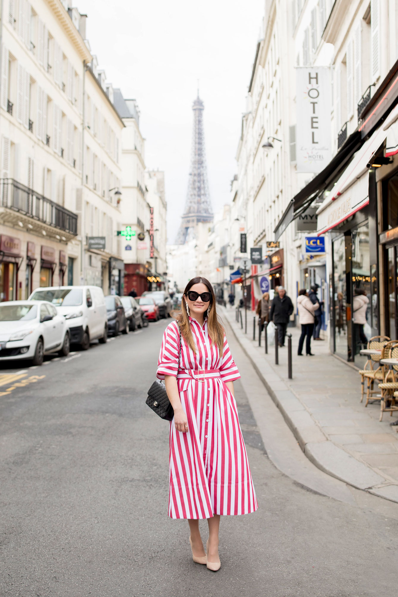 Fashion Blogger Paris Eiffel Tower