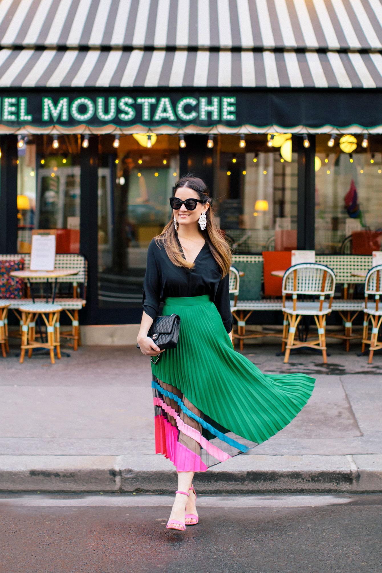 Jennifer Lake Style Charade French Cafe