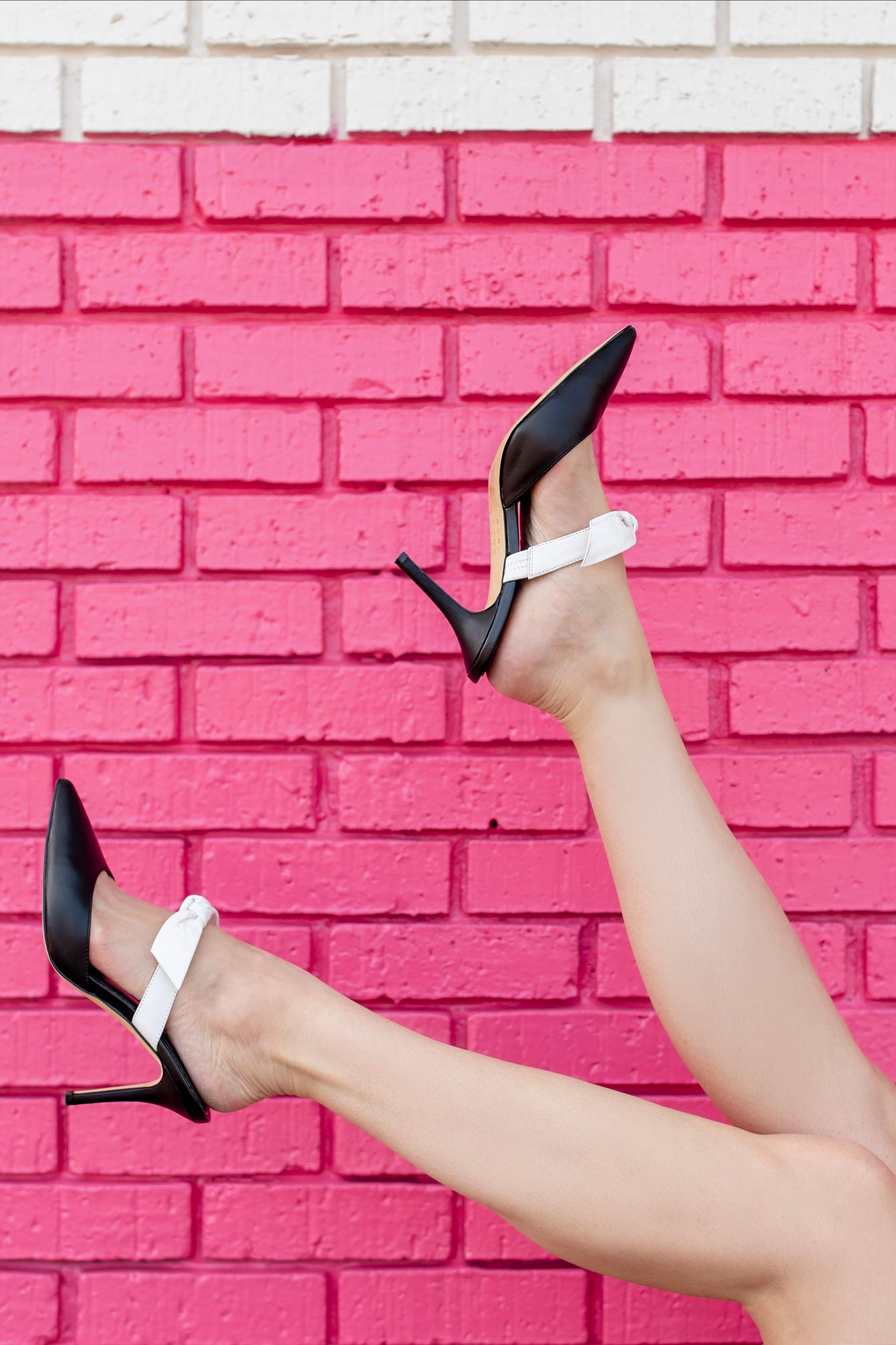 Black White Bow Mule Pumps