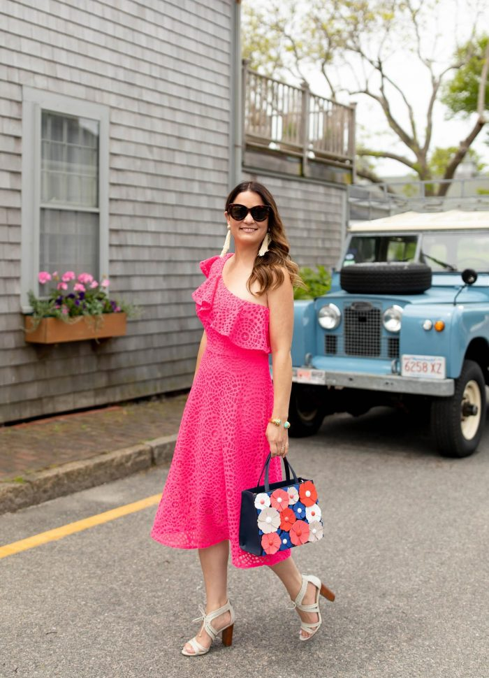 The Ultimate Survival Guide to the Lilly Pulitzer After Party Sale 2018