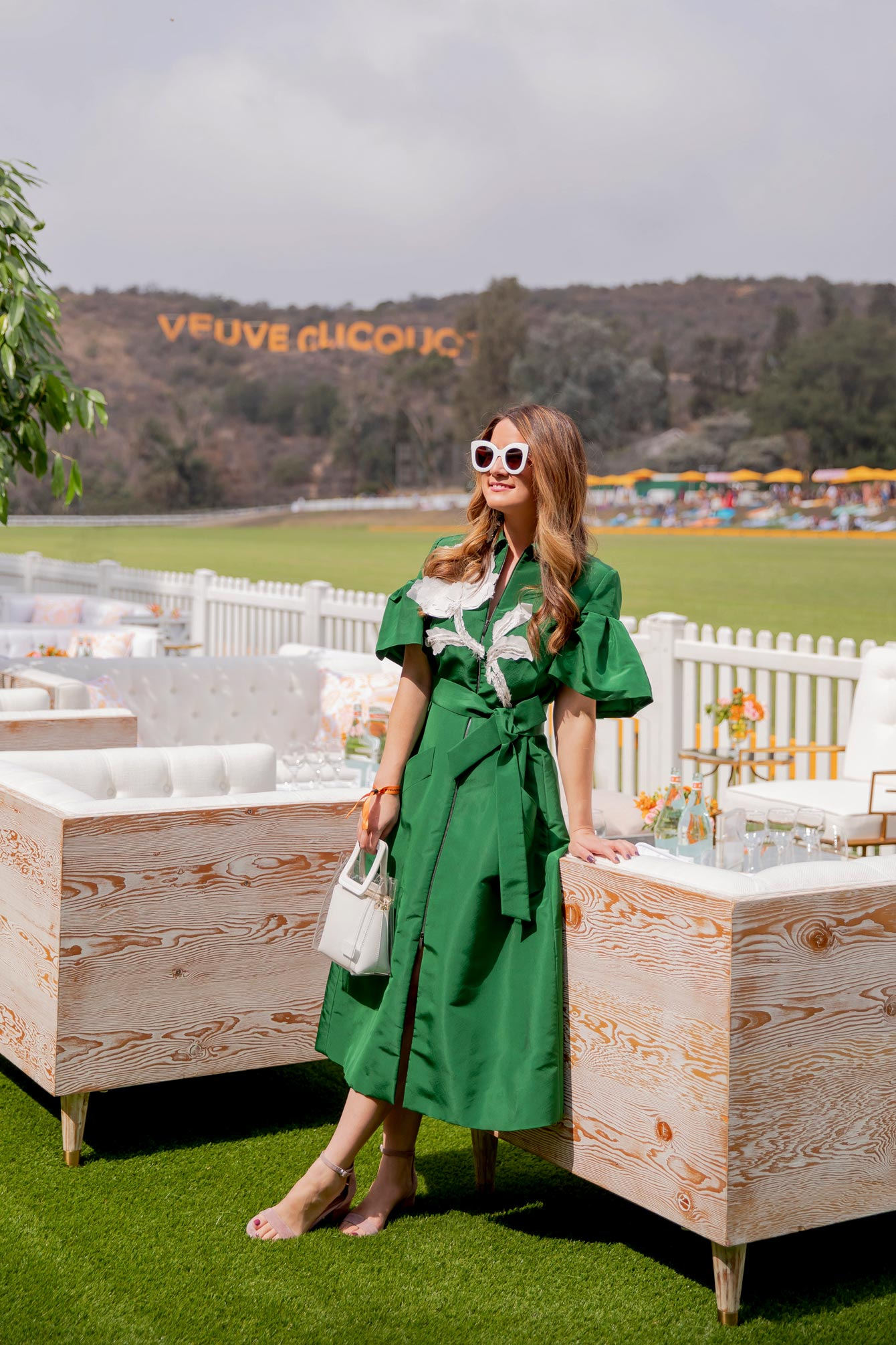 Style Charade Veuve Clicquot