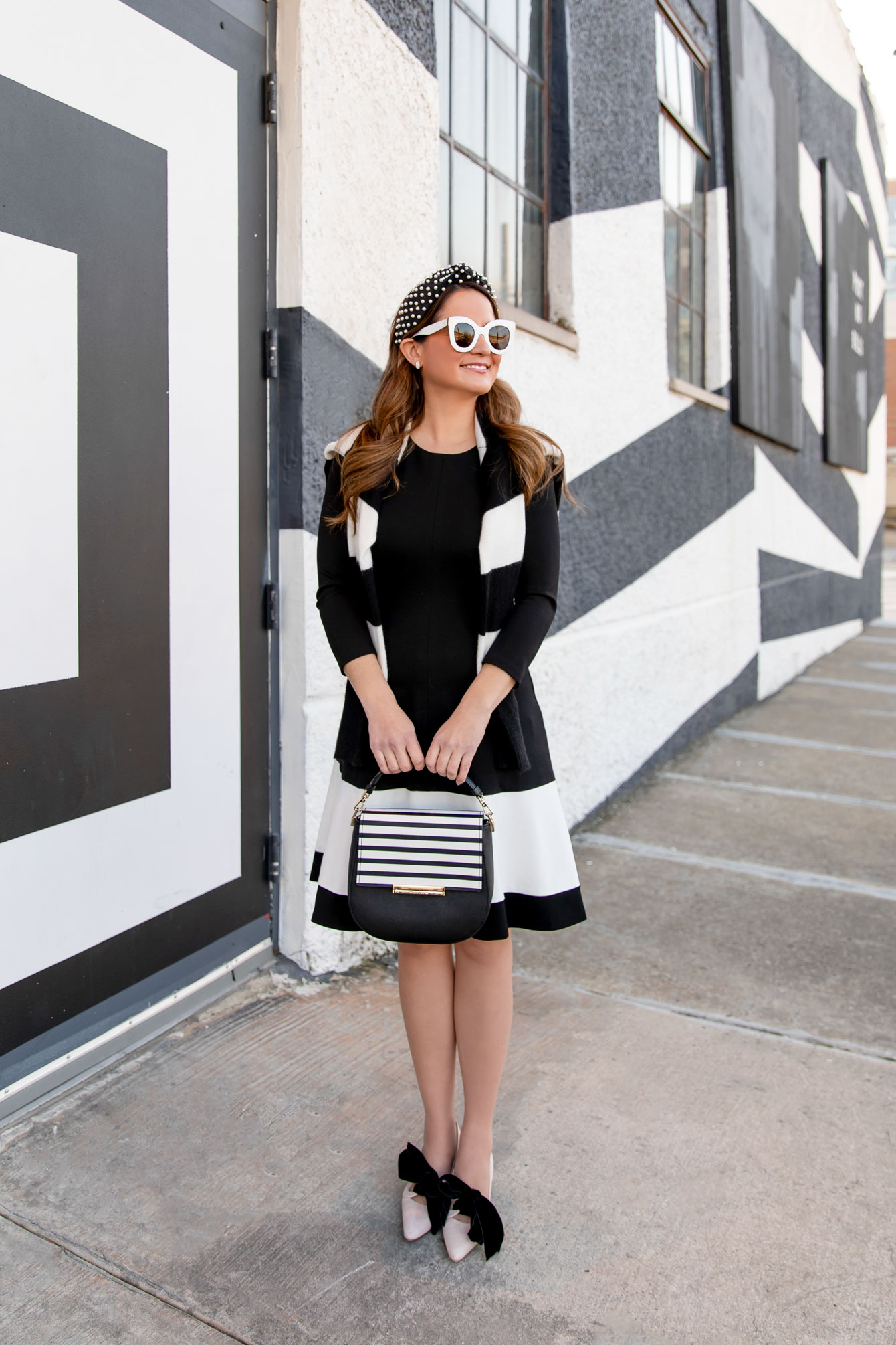 Black and White Contrast Stripe Dress