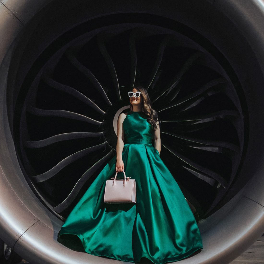 Jennifer Lake United Airlines Blog