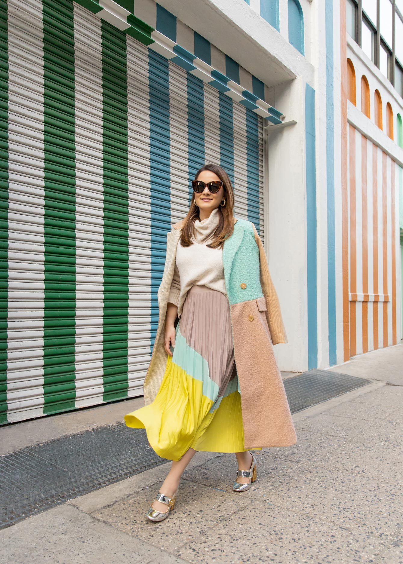 Jennifer Lake Color Block Outfit