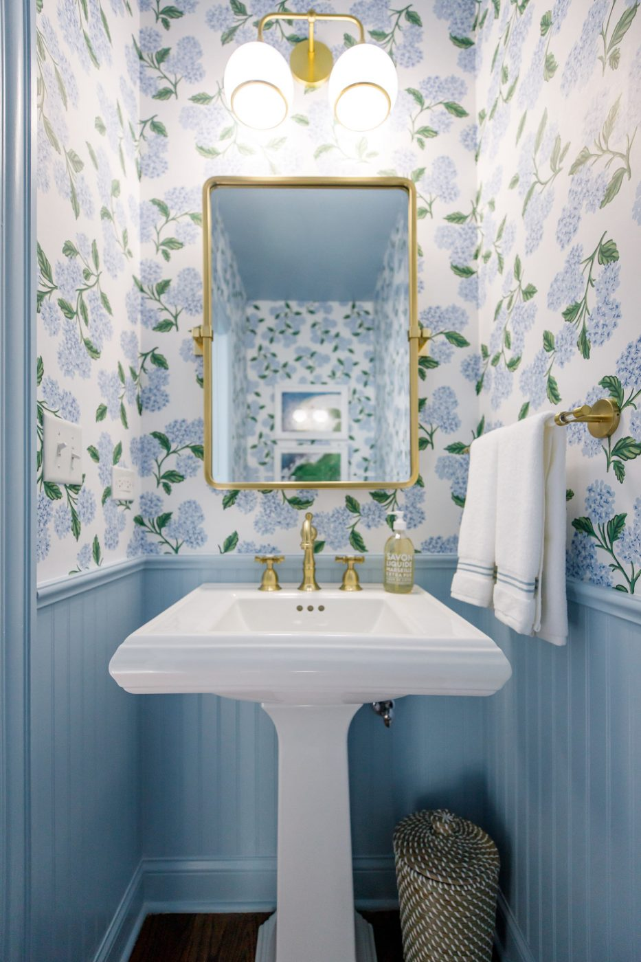 Jennifer Lake Powder Room Design