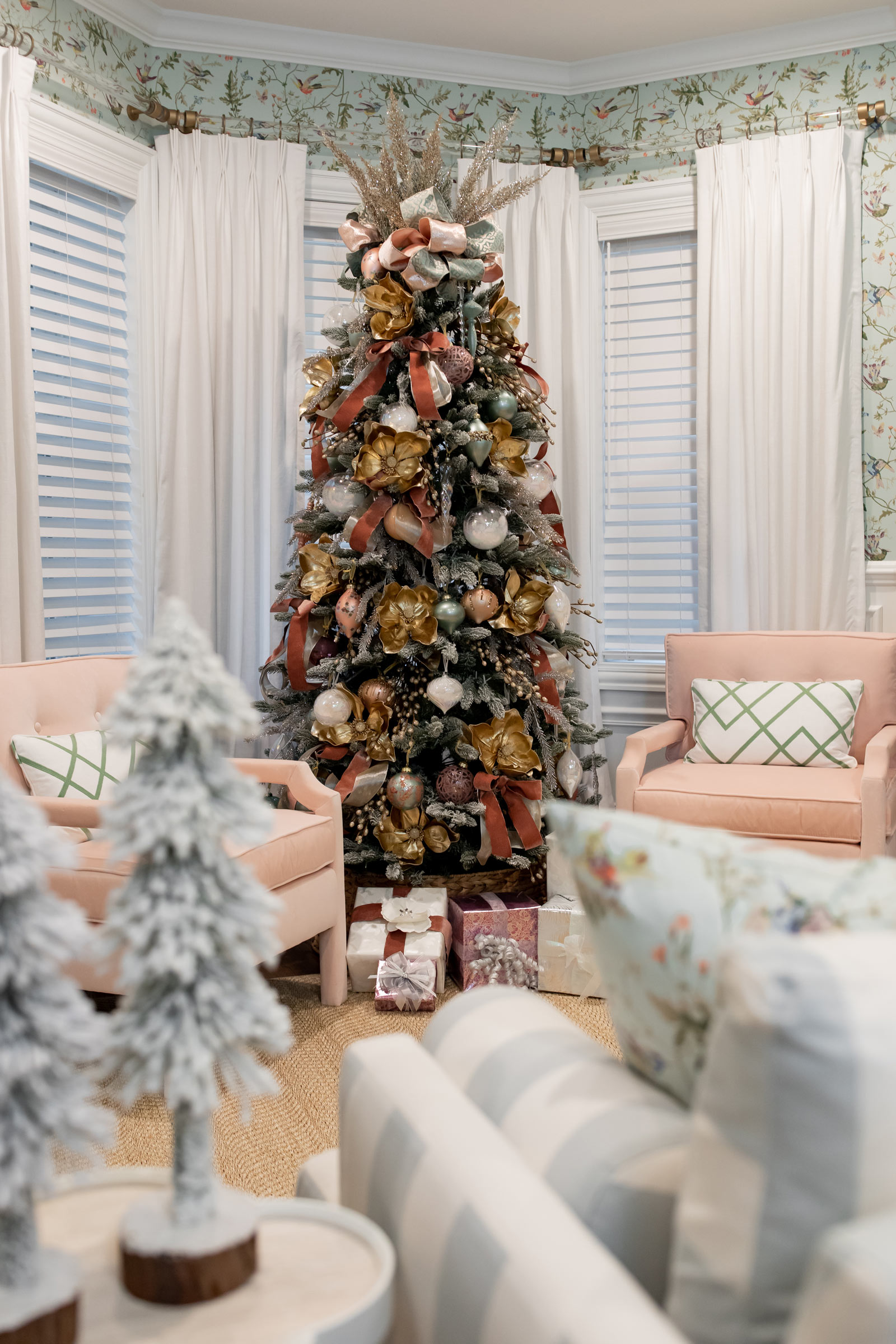 frontgate living room holiday decor