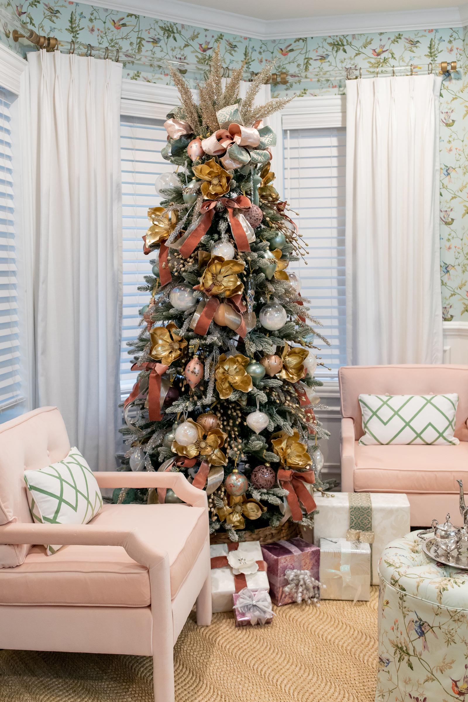 jennifer lake frontgate christmas tree