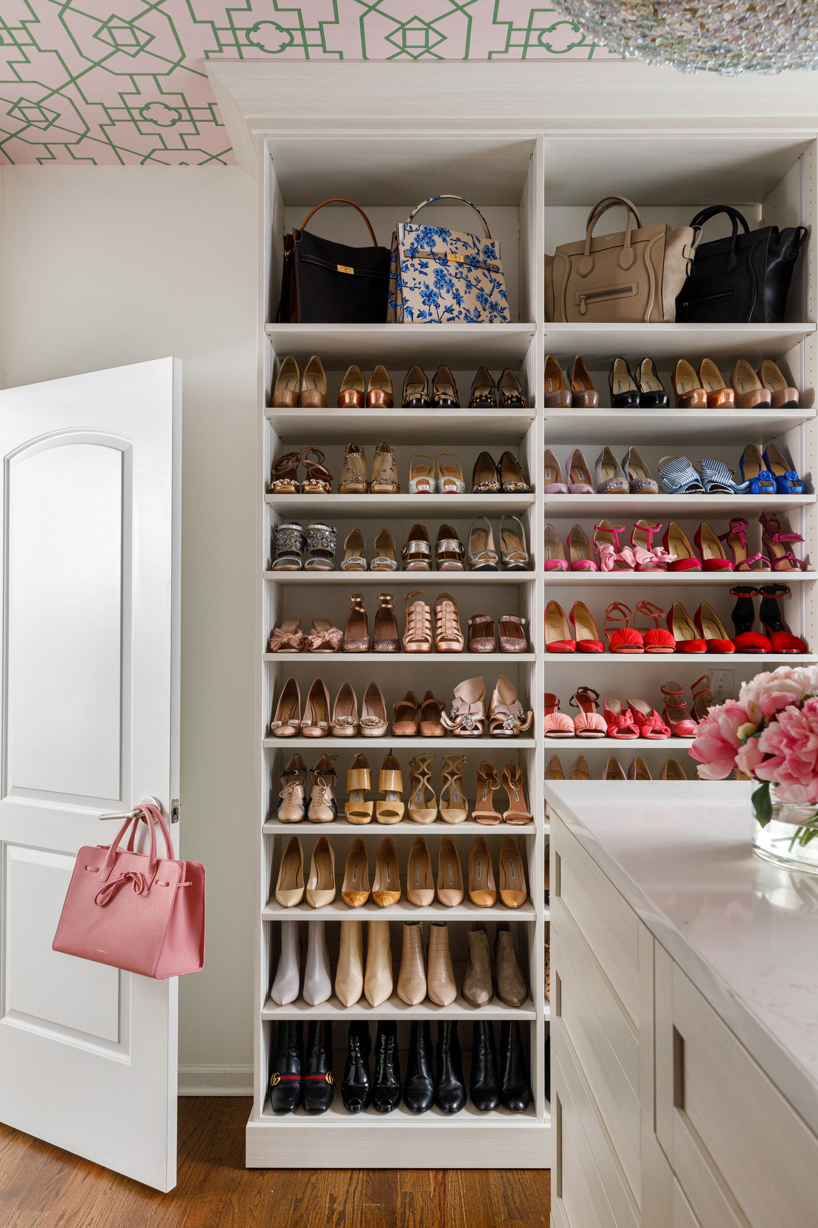 Jennifer Lake Shoe Closet Wardrobe