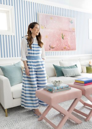 How to Style The Inside X Benches in Your Home
