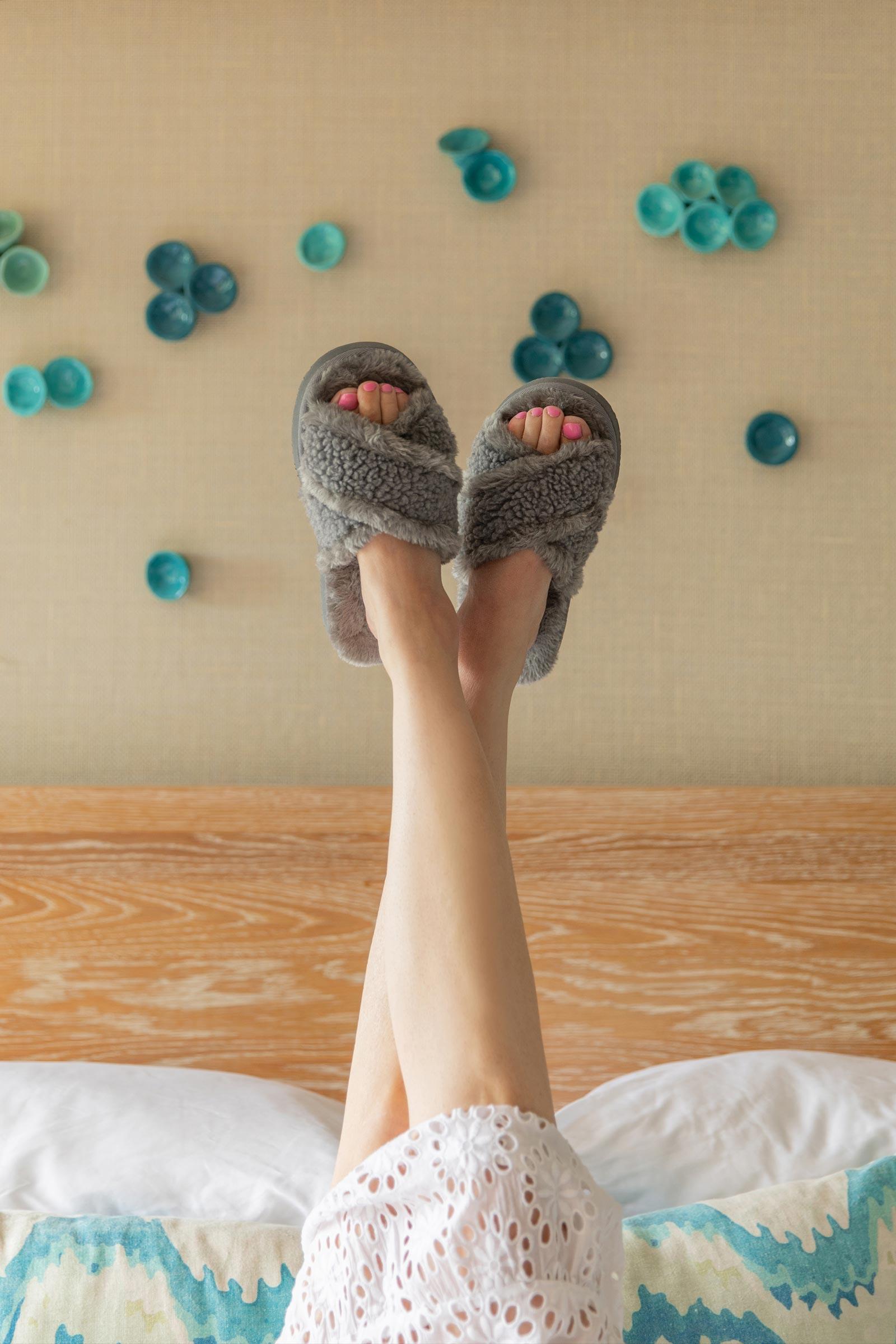 Minnetonka Fuzzy Slippers